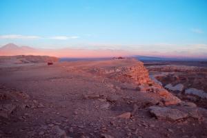 Valle de la luna, Coyote (Foto com licença CC, pode ser reproduzida desde que o crédito seja dado para Estela Caparelli/OutrasTrilhas